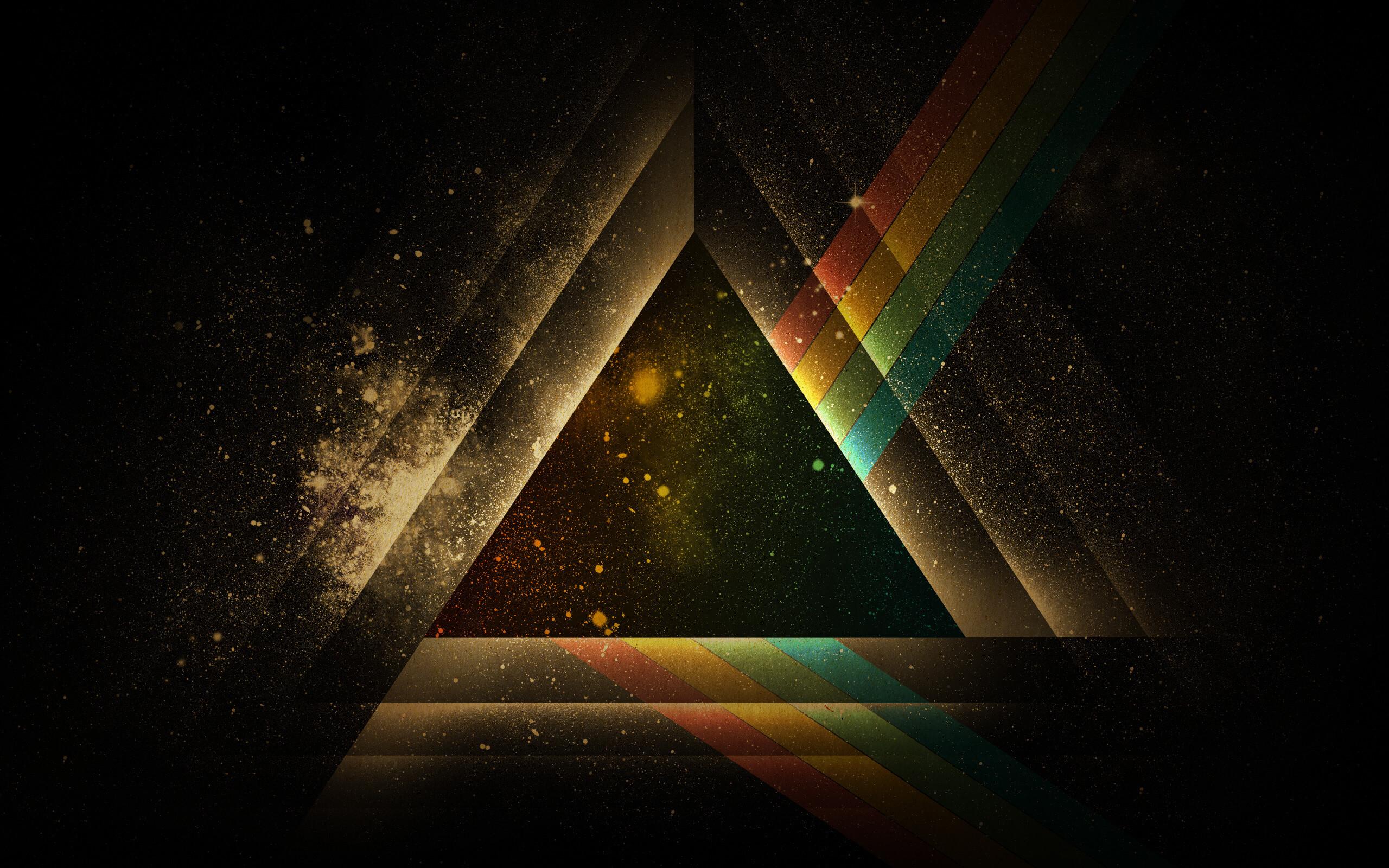White-Geometric-Triangle-Wallpaper-14